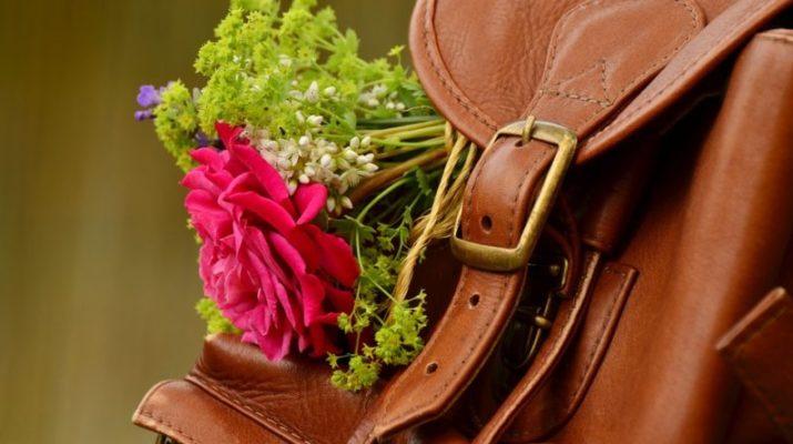 kabelka za batoh