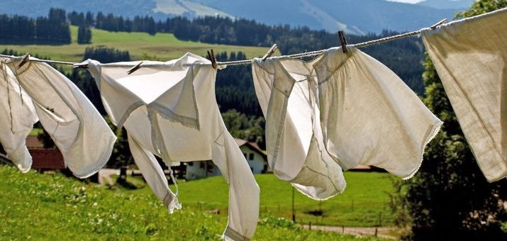 Čo najviac poškodzuje naše oblečenie