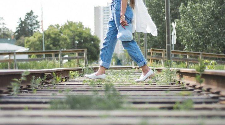 Ako vybrať dobre padnúce džínsy