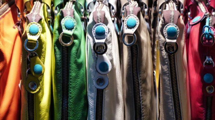 farebné kabelky