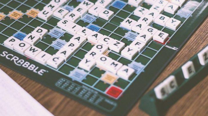 Rady a tipy, ako sa zlepšiť v hre Scrabble